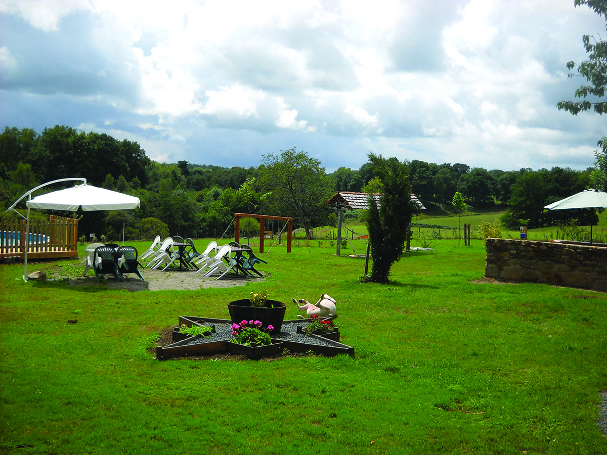Aire camping-car à Dournazac (87230) - Photo 1